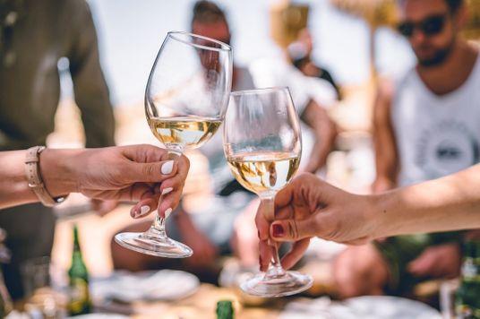 4 Tiêu chí để bạn biết chọn rượu vang như một Sommelier