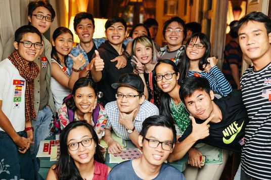 Better Jobs, Bigger Circle: Why Young Vietnamese Are Learning Foreign Languages