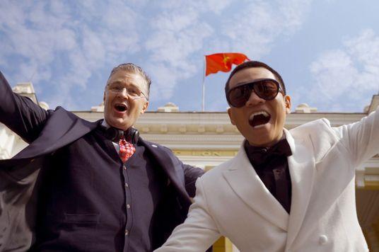 """7 Điều bạn chưa biết về MV """"làm mưa làm gió"""" của Đại sứ Mỹ tại Việt Nam"""