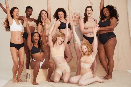 """Nhìn lại """"cơ thể hoàn hảo"""" của 100 năm qua"""