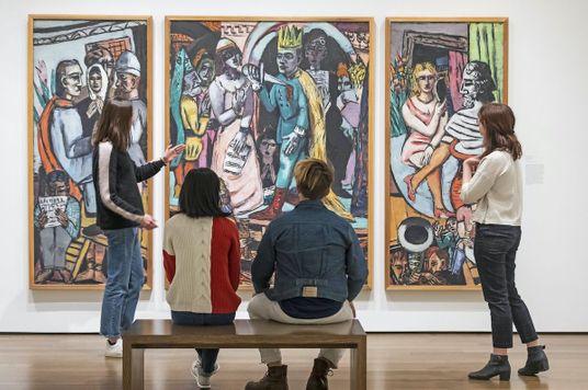 Thương hiệu x Nghệ sĩ: từ Xưa đến Nay, từ Tây đến Ta