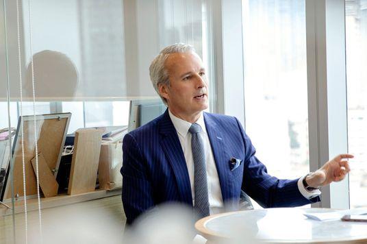 """Wayne Besant, CEO của AIA Việt Nam: """"Chúng tôi chú trọng kết quả, nhưng đó phải là kết quả của sự chính trực."""""""