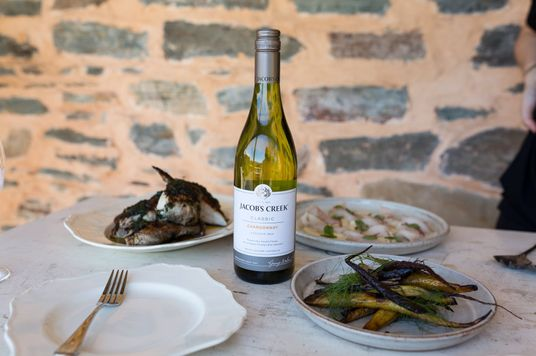 Rượu vang nên kết hợp với món ăn nào?