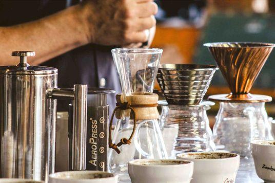 4 Dụng cụ pha cà phê thủ công thổi hồn cho ly cà phê tại gia