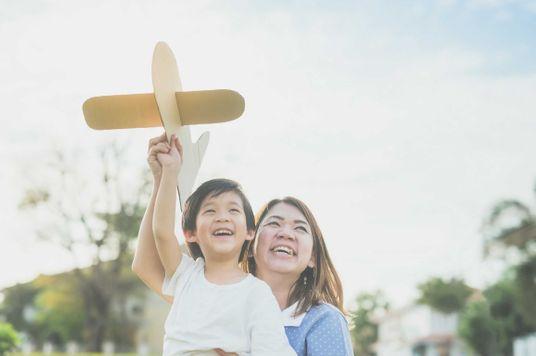 Nuôi dạy con sáng tạo: Bàn tròn của mẹ và chuyên gia