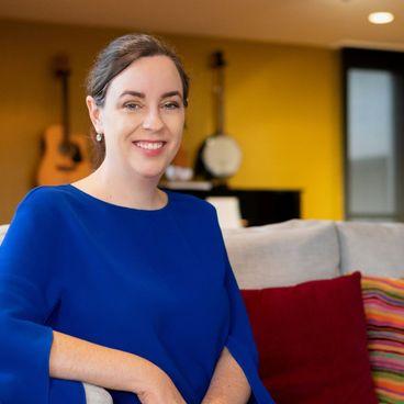 How I Manage: Góc nhìn của Tổng Lãnh Sự Úc - Julianne Cowley