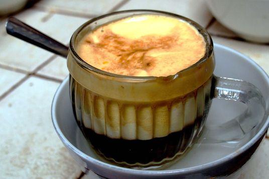 Lịch sử của cà phê trứng