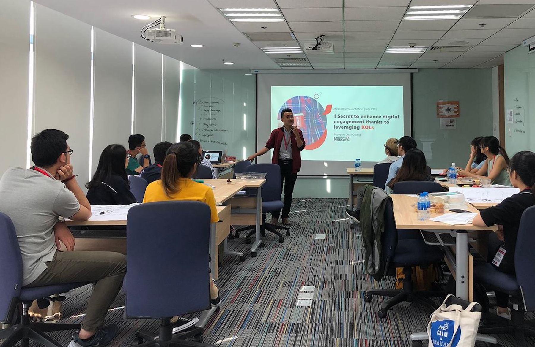 Top 6 khóa học Marketing và Truyền thông ngắn hạn
