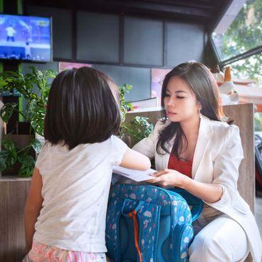"""A Working Woman: CEO Trần Hạnh Dung, """"Điều hành công ty tương tự như cách quán xuyến việc nhà."""""""