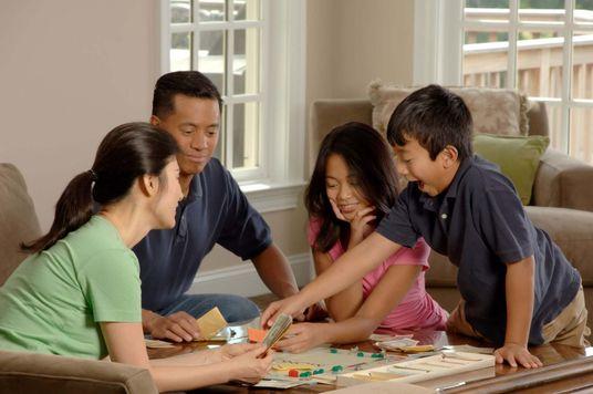 Ở nhà mùa dịch: Gợi ý 7 hoạt động vui - khoẻ - có ích