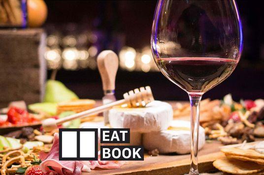 EatBook: Hẹn hò tại nhà