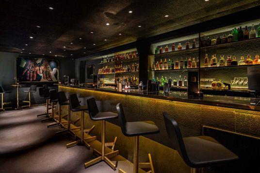 6 Quán bar ở Sài Gòn tái thiết lập cảm hứng